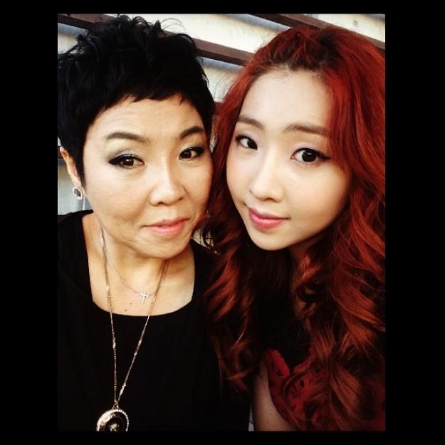140529-minzy_mom+me