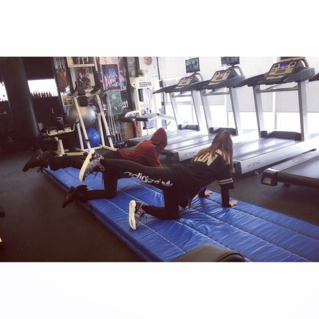 150330_dara_Maknae line who's still doing their self-management 👍 The Loneliness of Self-Discipline with @hwangssabu & @_minzy_mz #realmaknae with #fakemaknae